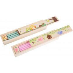 Astuccio in legno con matite, righello e temperino