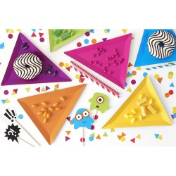 Assorted triangular plates - Monsters Party